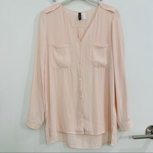 H&M Divided Pink Button-Up Shirt - Size 6